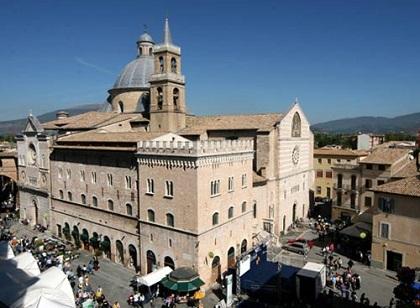 Itinerari tra Marche e Umbria consigliati dal B&B Vetralla